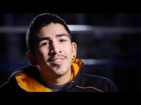 Leo Santa Cruz In Disgraceful Mismatch On Mayweather vs Pacquiao Undercard !!!