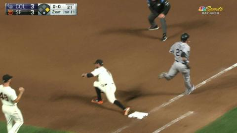 COL@SF: Giants turn two to end top of the 11th