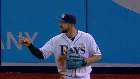 OAK@TB: Rays outfielders talk to each other in 9th