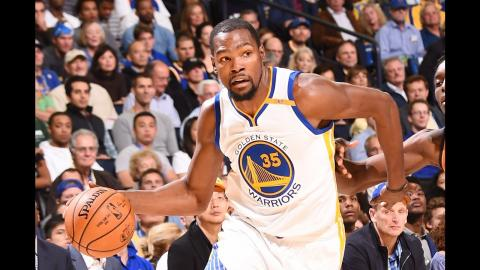 Kevin Durant With 29 Points In The First Half!