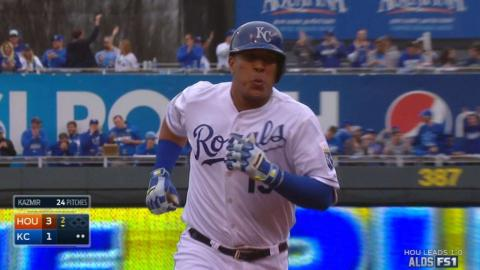 HOU@KC Gm2: Perez puts Royals on board with solo shot