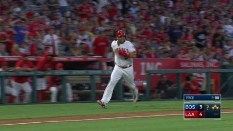 BOS@LAA: Simmons plates Pujols with a single to right