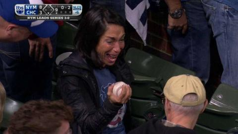 NLCS Gm4: Excited Cubs fan makes the catch on foul