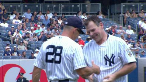 TB@NYY: Wetteland tosses the ceremonial first pitch
