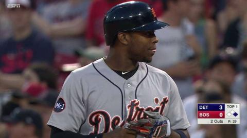 DET@BOS: Upton smacks an RBI single the other way