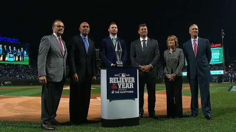 WS2016 Gm4: Britton collects Reliever Award