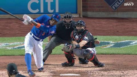 MIA@NYM: Granderson hits solo homer in the 6th