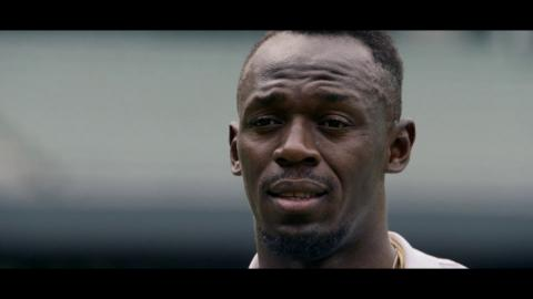 Usain Bolt teams up with Aussies for Ashes