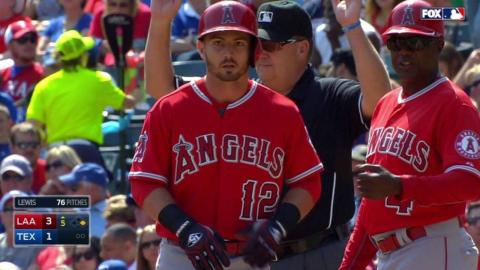 LAA@TEX: Giavotella extends lead with single in 5th