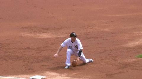 LAA@CWS: Frazier grabs a sharp grounder toward third