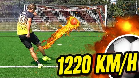 1220 km/h Freistoß Fußball Challenge - freekickerz vs Community