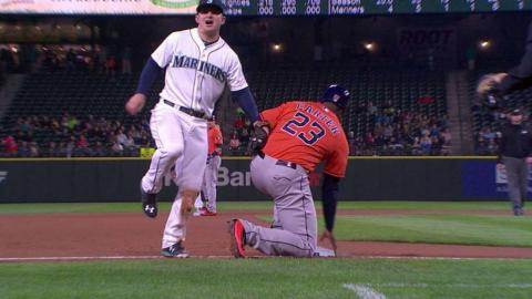 HOU@SEA: Carter ruled out after Mariners challenge