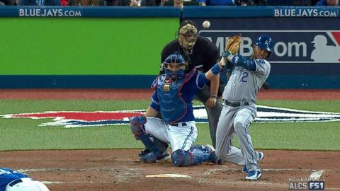 ALCS Gm4: Escobar takes first after getting plunked