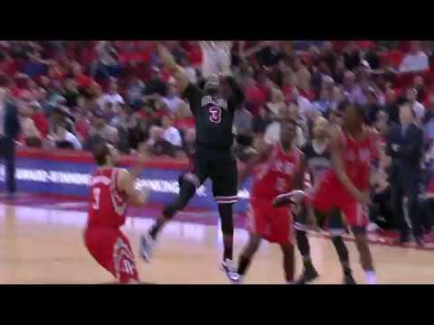 Flash Flashback! D-Wade Throws It Down in Houston | 02.03.17