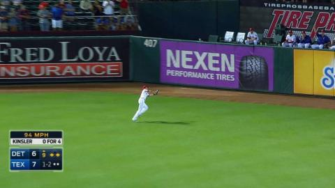 Stubbs makes great running catch to seal win