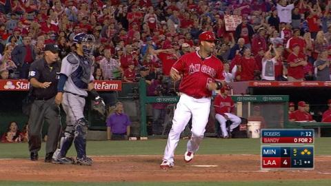 MIN@LAA: Angels pile on five runs in the 5th inning