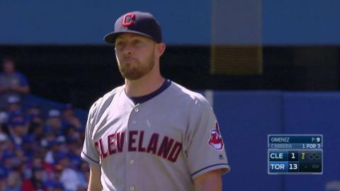 CLE@TOR: Gimenez induces an inning-ending popup