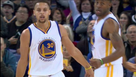 Stephen Curry Scores 17 Points in Three Minutes