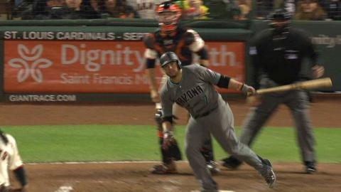 ARI@SF: Castillo extends lead with a two-run single