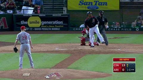 CIN@ARI: Weeks Jr. flings bat into D-backs' dugout