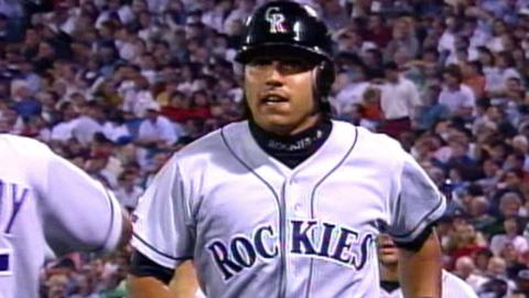 1995 NLDS Gm3: Castilla hits go-ahead, two-run homer