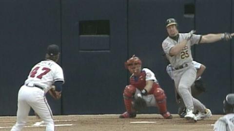 1992 ASG: McGwire's two-run single opens scoring