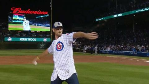 NLCS Gm3: Kerry Wood tosses ceremonial first pitch