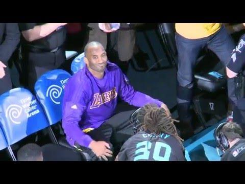 Michael Jordan Pays Tribute to Kobe Bryant Prior to Game