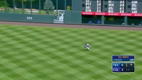 TEX@COL: Parra makes a nice grab in right field