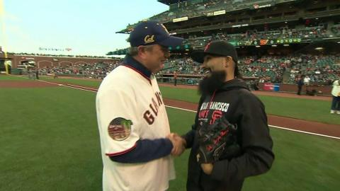 ARI@SF: Dykes throws out the ceremonial first pitch