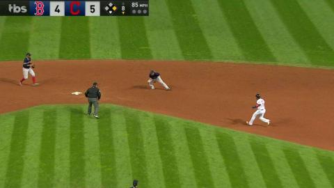 BOS@CLE Gm1: Red Sox turn big double play in the 8th