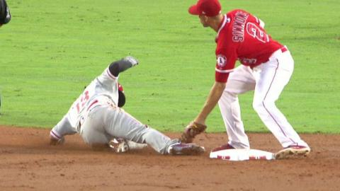 PHI@LAA: Maldonado catches Galvis trying to steal