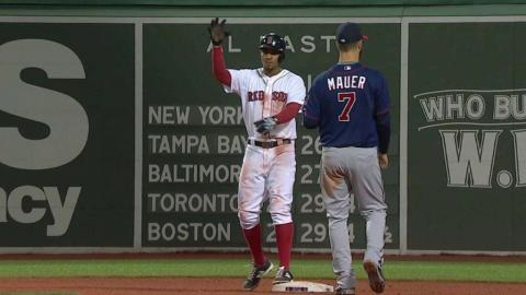 MIN@BOS: Bogaerts' drills a two-out double in 7th