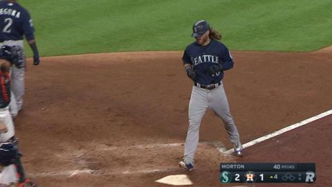 SEA@HOU: Gamel hits a two-run jack in the 4th