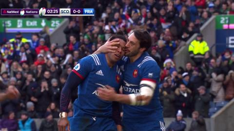 Teddy Thomas scores 45 metre try after beating three defenders!  | NatWest 6 Nations