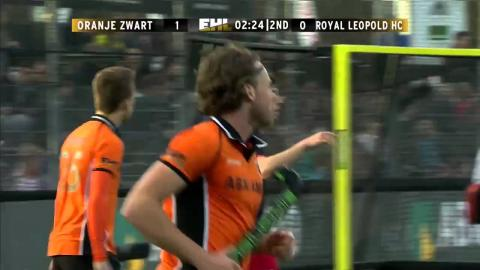 OZW 1-0 ROY De Voogd forces a good save from Henet from a tight angle #EHL #ozwvroy