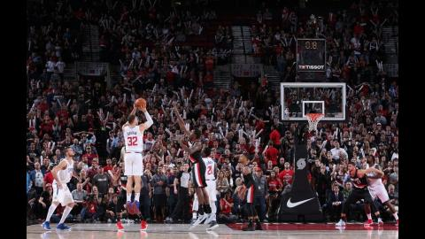 Tissot Buzzer Beater: Blake Griffin Hits Game-Winning Three in Portland! l October 26, 2017