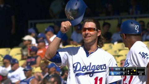 BOS@LAD: Reddick singles for first hit as a Dodger