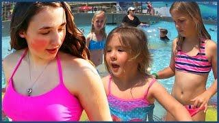 Kids Swimming In The Pool - Funny Prank - Girls Beach Fun - Baby Swim
