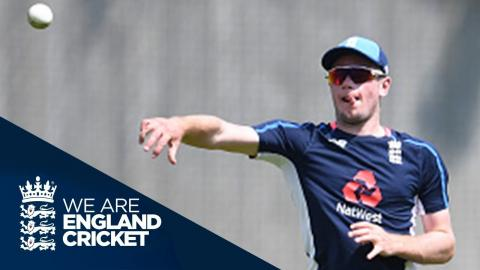 Ridiculously Accurate: England Players Practise Throwing Down The Stumps