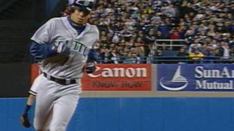 2000ALCS Gm6: Guillen's upper deck two-run homer