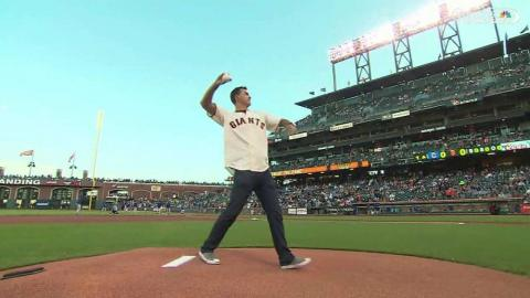 CHC@SF: IndyCar Driver Rahal throws out first pitch