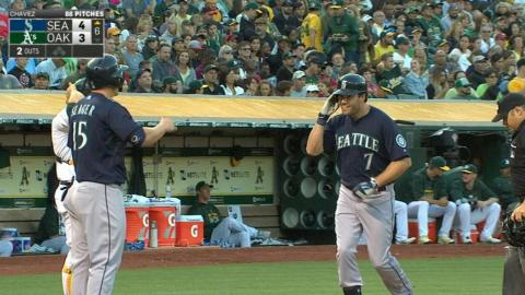 SEA@OAK: Mariners pound four homers in win over A's