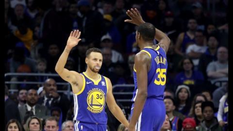 Best of the Warriors' 3rd Quarter vs. Sixers   November 18, 2017