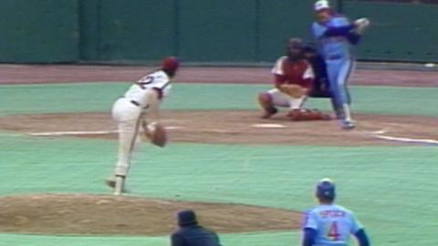 1981 NLDS Gm5: Rogers' RBI single extends Expos lead