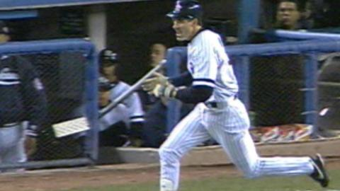 2000 WS Gm2: O'Neill hits RBI single in 5th