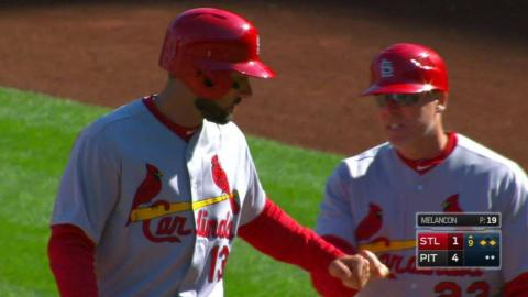 STL@PIT: Carpenter hits a two-out single in 9th