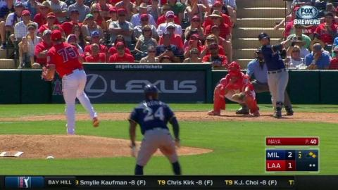 MIL@LAA: Lucroy extends the lead with an RBI single