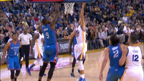 Stephen Curry Puts The Moves On Durant And Scores!