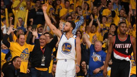 Stephen Curry's INSANE 2016-2017 NBA Mixtape